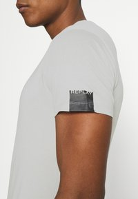 Replay - T-shirt basic - cold grey - 4