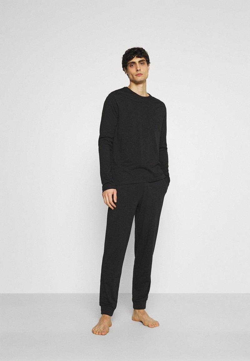 Pier One - SET - Pyjama set - black