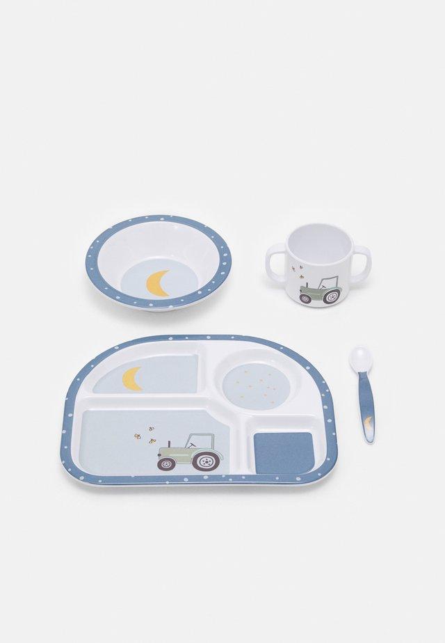 DISH ADVENTURE TRACTOR SET UNISEX - Geboortegeschenk - blue