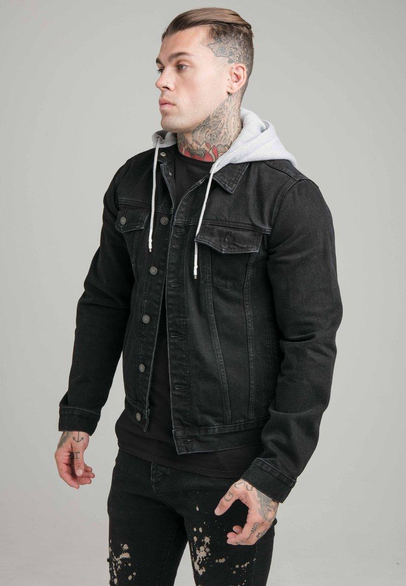 SIKSILK - JACKET WITH DETACHABLE HOOD - Džínová bunda - black
