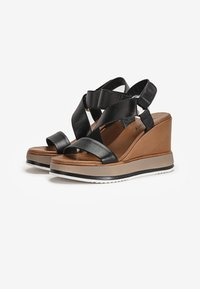 Inuovo - High heeled sandals - black - 2