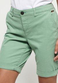 Superdry - CITY - Shorts - khaki - 3