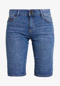 Esprit - MR BURMUDA - Denim shorts - blue light wash - 3