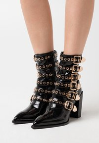 Jeffrey Campbell - IGNATIUS - High heeled ankle boots - black - 0