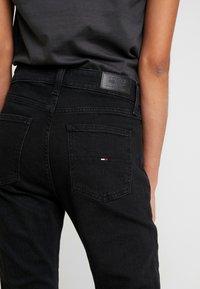 Tommy Jeans - CROP FLARE - Flared Jeans - black denim - 5