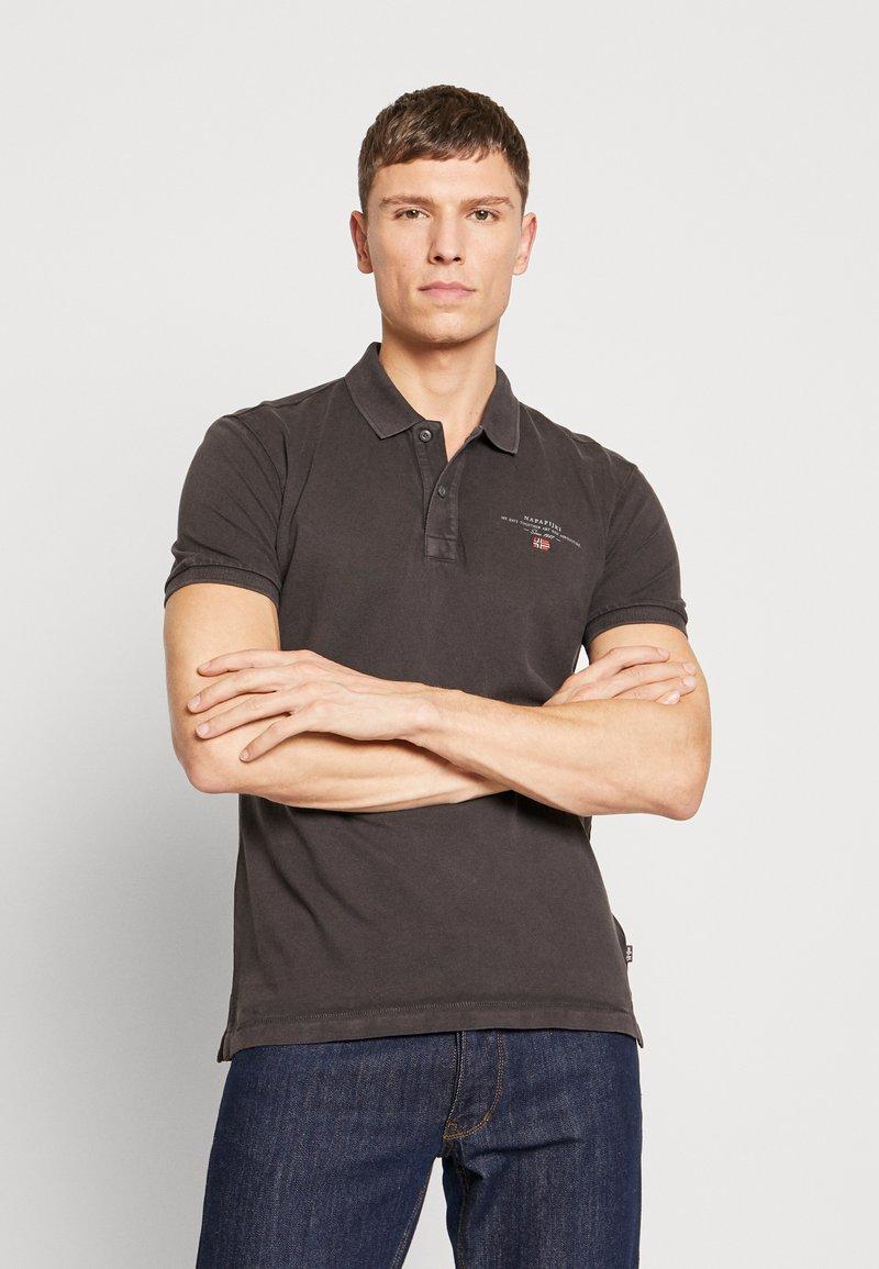 Napapijri - ELBAS - Polo shirt - volcano