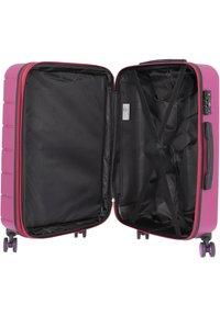 Travel Pal - Luggage set - beere/pink - 4