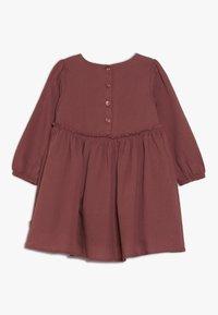 Wheat - DRESS MAGDA BABY - Juhlamekko - dark rouge - 1