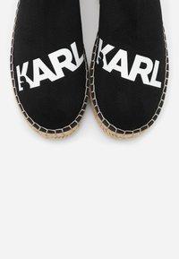 KARL LAGERFELD - KAMINI SPRINT LOGO - Espadrilky - black/white - 6