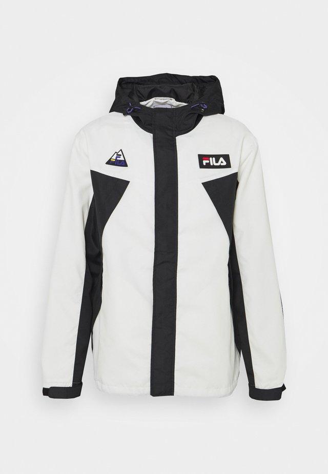 CLEAVE SHELL JACKET - Lehká bunda - blanc de blanc/black