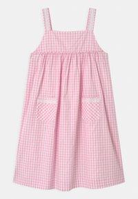 Twin & Chic - VERBENA - Day dress - pink vichy - 0