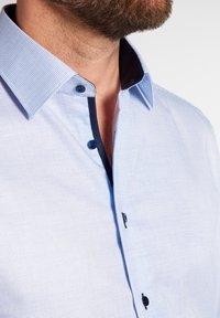 Eterna - FITTED WAIST - Formal shirt - hellblau - 2