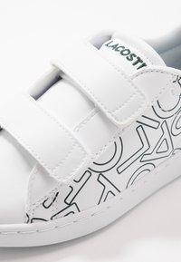 Lacoste - CARNABY EVO - Baskets basses - white/dark green - 2