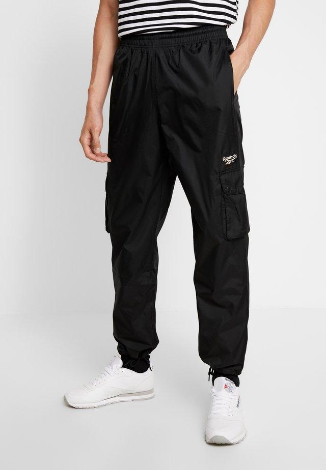 TRAIL PANTS - Cargo trousers - black