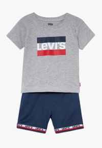 Levi's® - BASKETBALL SET - Shorts - grey heather - 0