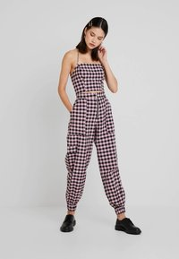 The Ragged Priest - PINK GINGHAM COMBAT TROUSER WITH CUFFED HEM - Kalhoty - pink - 1