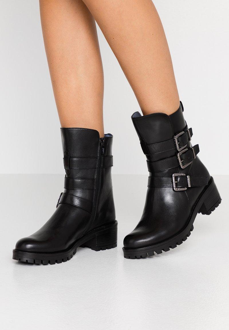 Pinto Di Blu - Cowboy/biker ankle boot - noir
