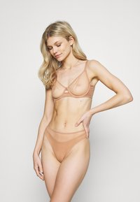 Agent Provocateur - LUCKY BRA - Underwired bra - cacao - 1