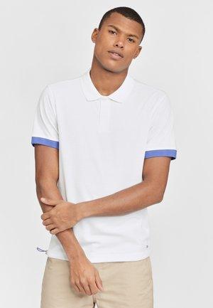 MISSION  - Polo shirt - weiß