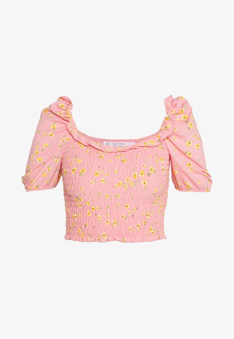 Miss Selfridge Petite - SHIRRED - Print T-shirt - pink print