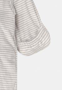 Marks & Spencer London - BABY PLAYSUIT UNISEX - Jumpsuit - grey - 2