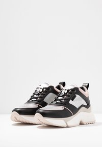 KARL LAGERFELD - AVENTUR LACE SHOE - Sneakers - black/multicolor - 4