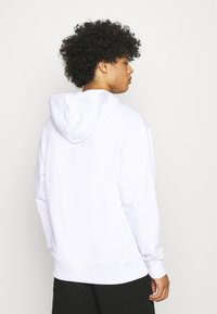 Caterpillar - SMALL LOGO HOODIE - Sweatshirt - white - 2