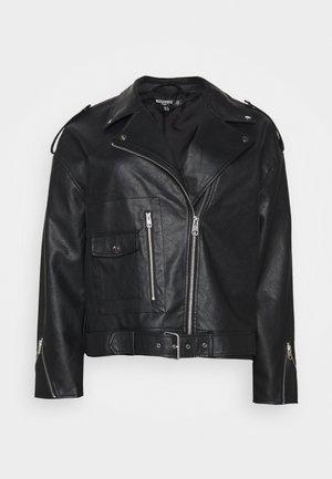 BOYFRIEND BIKER POCKET DETAIL - Faux leather jacket - black