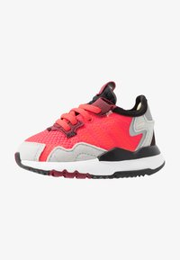 adidas Originals - NITE JOGGER - Slip-ins - shock red/grey two - 1