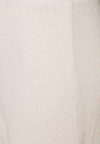 Vero Moda - VMALFIE - Trousers - pumice stone - 2