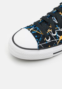 Converse - CHUCK TAYLOR ALL STAR ARCHIVE PAINT SPLATTER PRINT UNISEX - High-top trainers - black/multicolor/white - 5