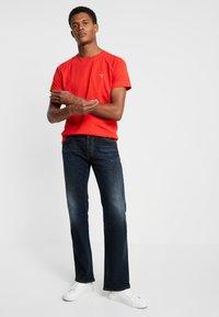 GANT - THE ORIGINAL - T-shirt - bas - blood orange - 1