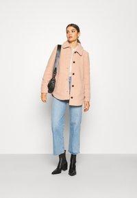 Vero Moda - VMZAPPA JACKET - Winter jacket - mahogany rose - 1