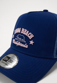 New Era - LONG BEACH TRUCKER  - Kšiltovka - indigo - 2