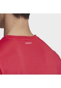 adidas Performance - 3-STRIPES CLUB T-SHIRT - Print T-shirt - pink - 6