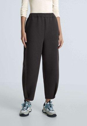 SCUBA  - Pantalon classique - black