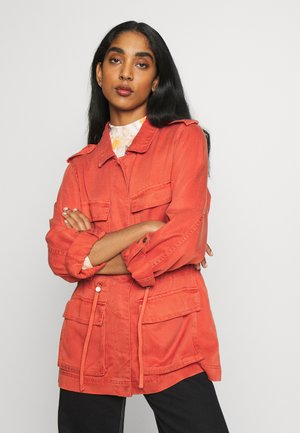 ONLKENYA LIFE UTILITY JACKET - Short coat - hot sauce