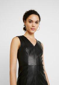 ONLY - ONLLIO DRESS - Etui-jurk - black - 4