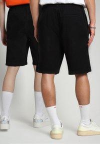Napapijri - Shorts - black - 4