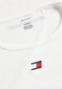 Tommy Hilfiger - PERFORMANCE TANK  - Funktionsshirt - white - 2