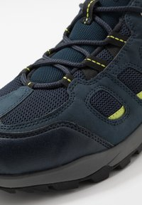 Jack Wolfskin - VOJO HIKE XT VENT LOW - Hiking shoes - dark blue/lime - 5