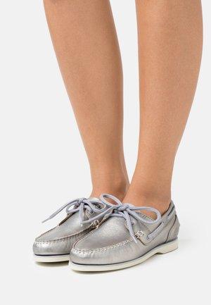 BOAT SHOE CLASSIC - Lace-ups - grey