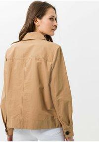 BRAX - Summer jacket - sand - 1