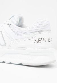 New Balance - Trainers - white - 2