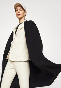 Theory - BELT COAT LUXE - Classic coat - black - 3