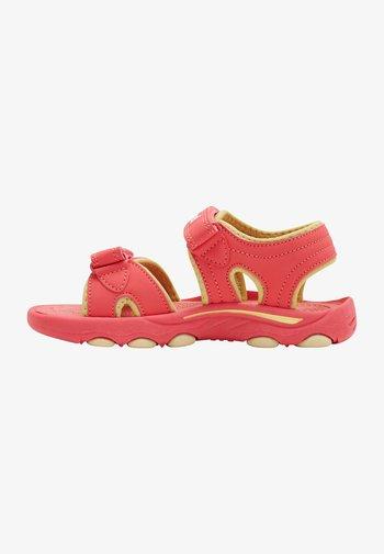 WAVE - Walking sandals - tea rose