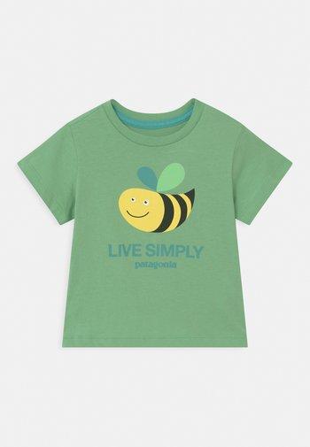 LIVE SIMPLY UNISEX - Printtipaita - mint