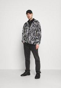 Redefined Rebel - RRWILL JACKET - Summer jacket - brown - 1