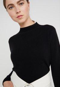 pure cashmere - MOCKNECK  - Jersey de punto - black - 4