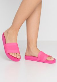 flip*flop - POOL  - Pantofle - very pink - 1